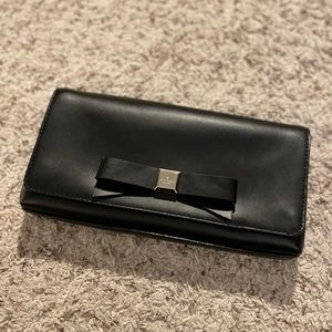 Kate Spade leather bow clutch